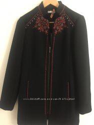 Пальто Promod с вышивкой