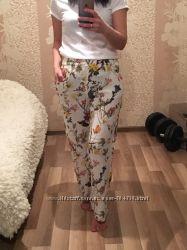 Штаны ZARA в пижамном стиле