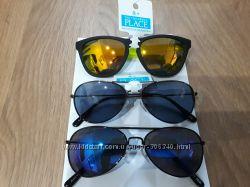 Очки солнцезащитные из США для мальчиков