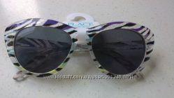 Солнцезащитные очки 100 УФ защита США 2-4 года