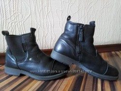 Демисезонные кожанные ботинки челси Ecco