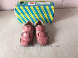Демисезонные ботинки туфли Берегиня