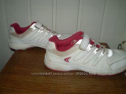 фірмове шкіряне взуття Clarks . KangaRoos 48a0dc03c71b1