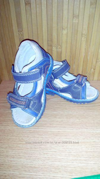 Кожаные босоножки для мальчика 14, 5 см 22 размер