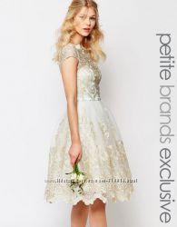 Новое вечернее платье на выпускной  свадебное платье Chi Chi London