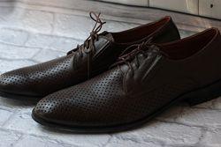 супер коричневые туфли