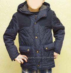 Продам куртку Zara  деми 122 рост БУ