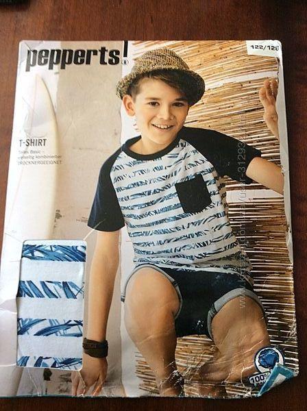 Симпатичная футболка для мальчика размер 122/128 чистый хлопок. Pepperts