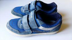 Красиве туфли мокасины geox