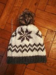 Зимняя тёплая шапка на девочку 5-7 лет