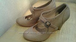 Красивые золотистые  туфли  Dorothy Perkins 36раз.