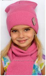 Демисезонная шапка для девочки с шарфиком ТМ Arctic