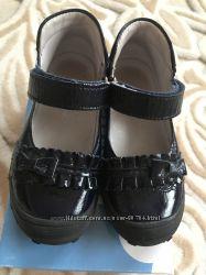 Кожаные лаковые туфельки Froddo 15 см
