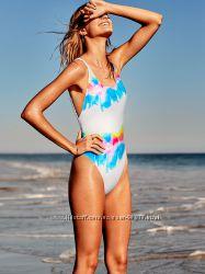 Сдельный купальник Victoria&acutes Secret PINK. Размер S, M