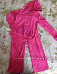 Шикарный велюровый костюм Gas девочке 7-8 лет.