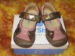 Продам ортопедические туфли Petit Shoes 25 р. сост нов