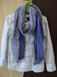 Нарядная рубашка  C&A с  шарфиком. Размер 98