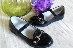 Лаковые туфельки 34 и 37 размеры , качество супер