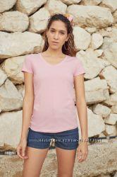 качественные хлопковые футболки с V-вырезом бренда Fruit of the Loom