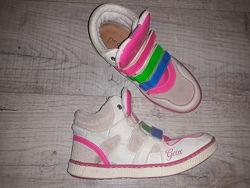 Яркие деми. ботинки-кроссовки для девочки от Geox р. 34-35