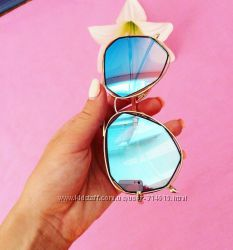 Поделиться  Роскошные зеркальные очки хамелеон градиент капля шестигранка