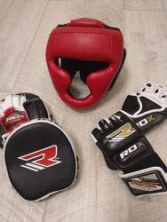 Лапы, перчатки, шлем
