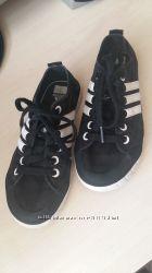 Кеды Adidas р. 32 150грн.