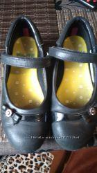 Туфли черные школьные размер 32. 5-33