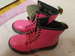 Отличные ботинки Dr Martens