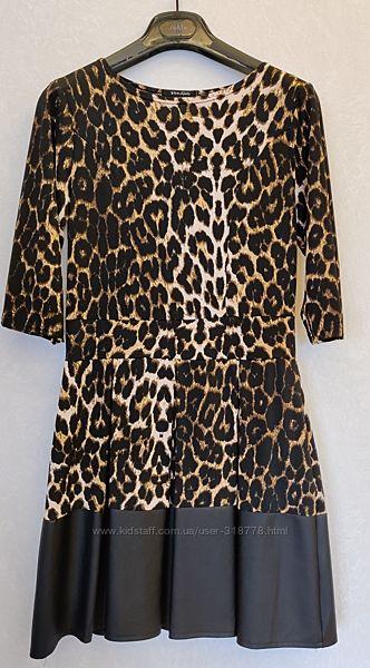 Красивое коктейльное платье  Состояние нового  Не было в носке   Леопар