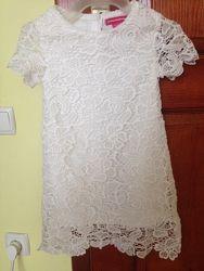Кружевное нарядное платье 1, 5-2 года.