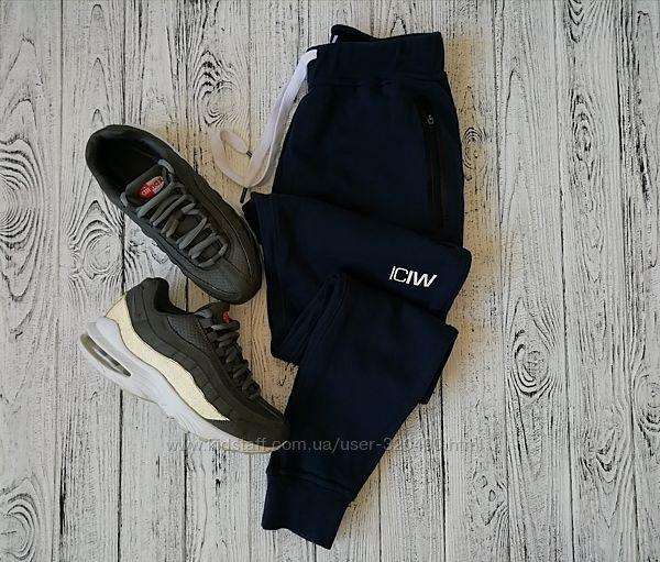 Крутые спортивные штаны