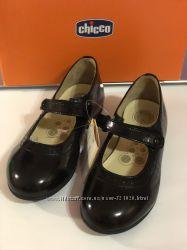 Туфли для девочки Chicco 29 размер. Черные. Новые