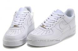 Культовые кроссовки Nike Air Force Low All White