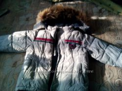 Продам теплую зимнюю куртку рост 110 см