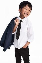 Белая рубашка с галстуком H&M 7-8 лет рост 128 см Shirt with a tie