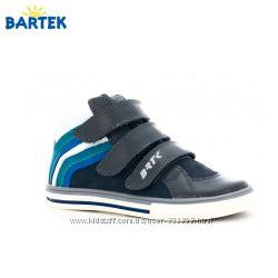 Кожанные ботинки BARTEK Размеры  33-38
