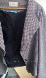 Пиджак в мелкий горох батал на 52-54-56 размер стильный укороченный фасон