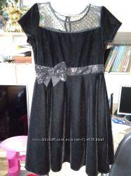 Нарядное платье бархат гипюр на 7-10 лет 128-140 см можно в школу праздник