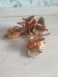 Бальные туфли Talisman 19 размер