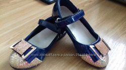 Нарядные синие с золотом туфельки