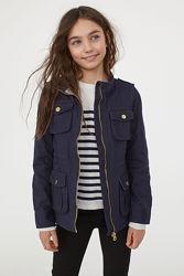 Легка курточка-вітровка HM , розпродаж