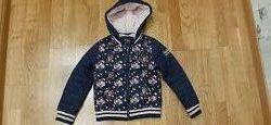 Веселая практичная осеняя курточка C&A на девочку размер 116- 122