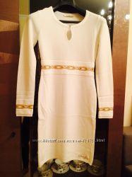 Sassofono шикарное платье белое теплое с камнями
