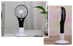 Мини-вентилятор ручной на батарейках с подставкой
