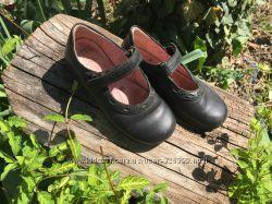 Шкіряні туфлі Start Rite 28, 5 для школи в чудовому стані
