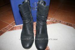 Продам зимові ботинки Caprice 38р. 25см стелька