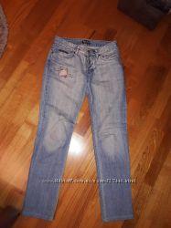 Рваные джинсы женские DG. Размер М. Рост-165см. Отличное состояние.