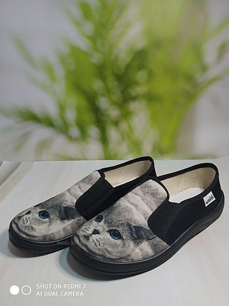 Детская сменная обувь. Тапочки Валди сменка р.30-36