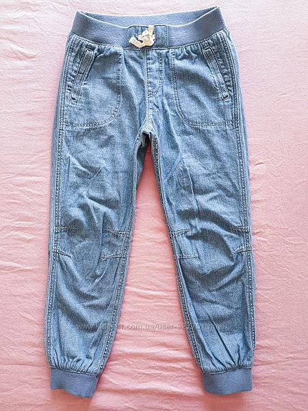 Джинсы H&M 6-7 лет, 116-122 см рост, в идеальном состоянии